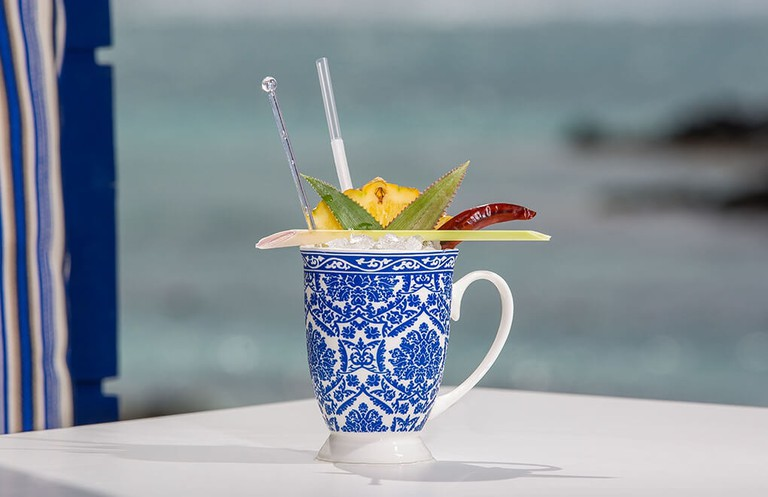 friday-cocktail-constance-belle-mare-plage