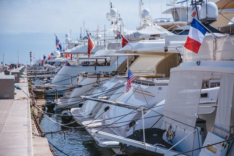 JCTP0068-Le Vieux:Old Port-Cannes-France-Fenn--87
