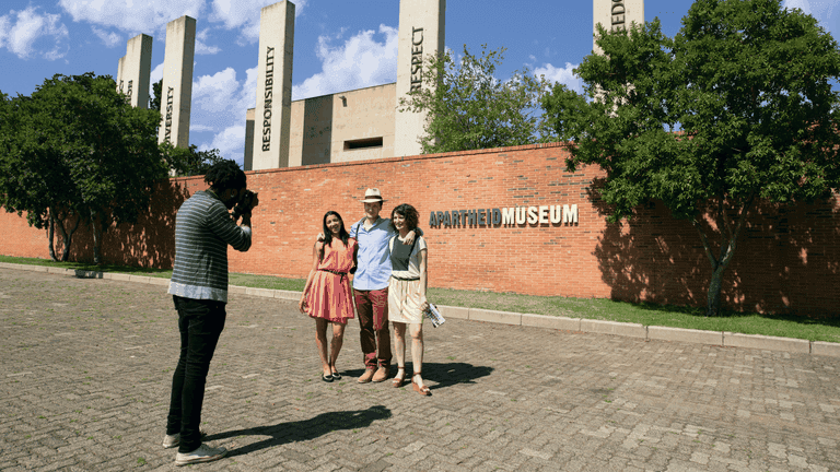 Joburg guided tours_City Sightseeing-min