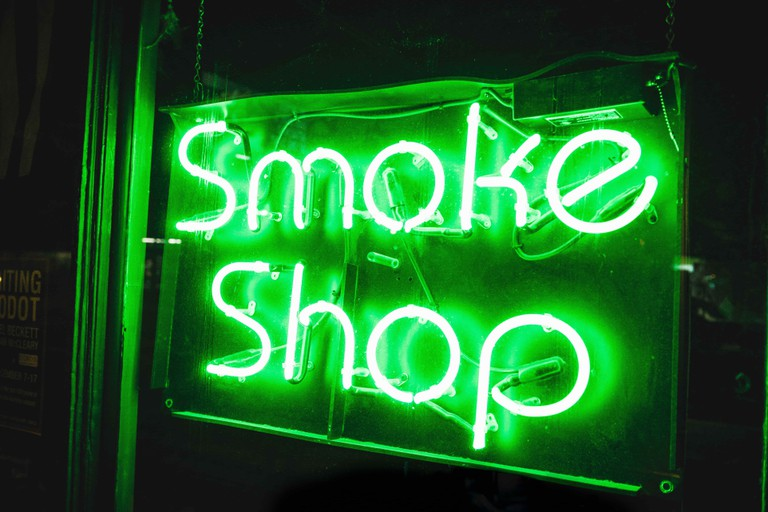 The shop in Besançon sells cannabis with THC limits below 0,2% | © Josiah Weiss / Unsplash
