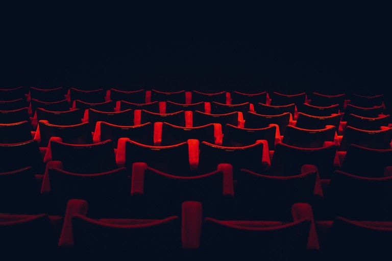 Head to the cinema in Cannes |© Lloyd Dirks / Unsplash