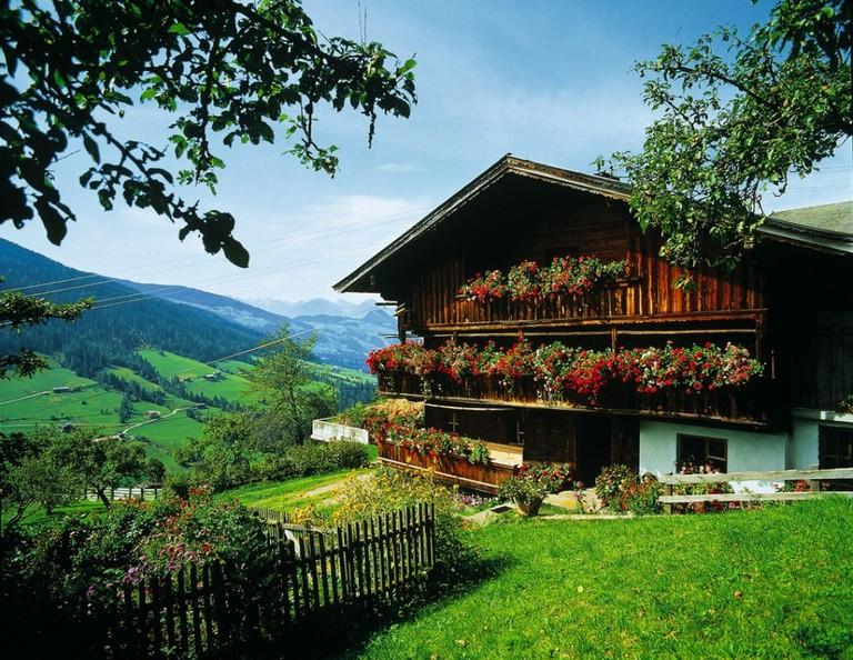 LOWRES_00000002943_Bauernhof-in-Tirol_Oesterreich-Werbung_Ascher - Edited