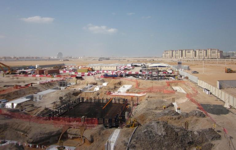Masdar_city_under_construction_2012