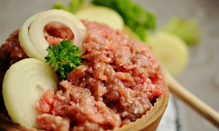 minced-meat-2309860_1280