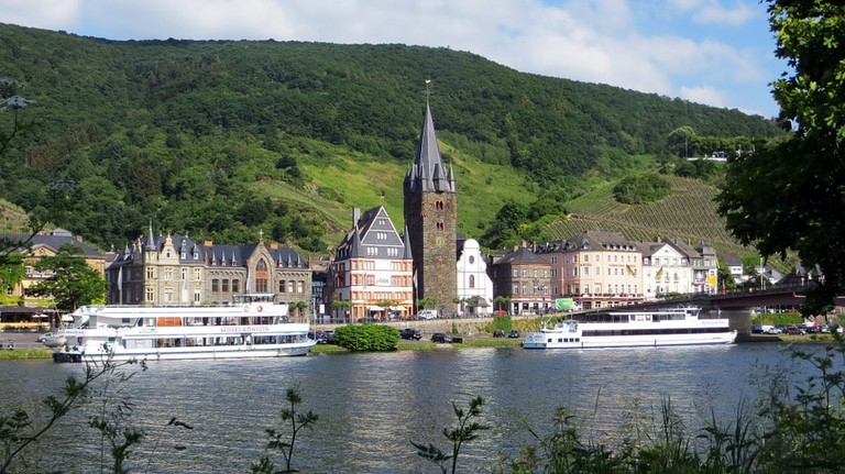 Bernkastel-Kues from the Mosel River