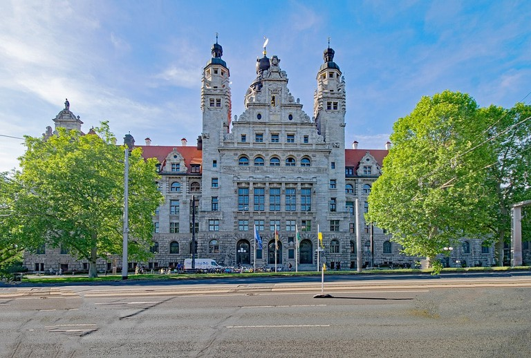 new-town-hall-2390912_960_720