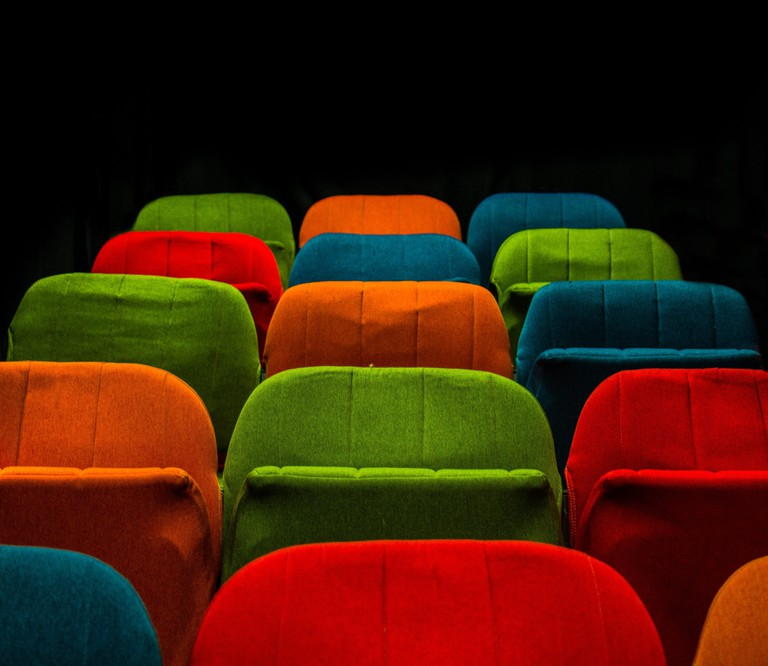 Take a seat in Cannes |© Nicolas Comte / Unsplash