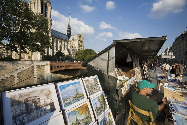 Paris_-_Bookstall_by_the_Seine_-_4639