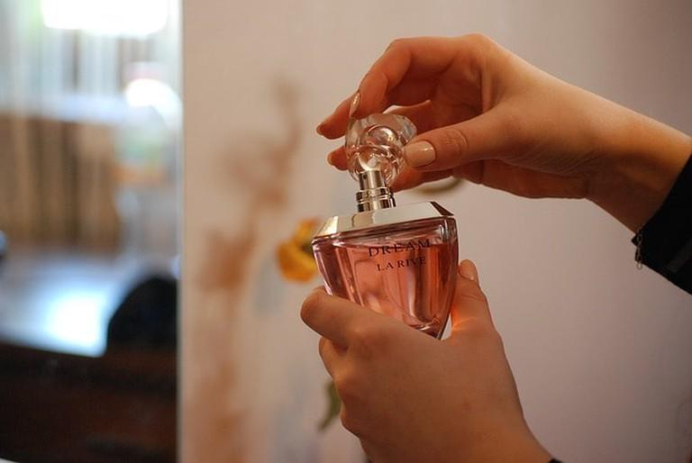 perfume-1285592_640