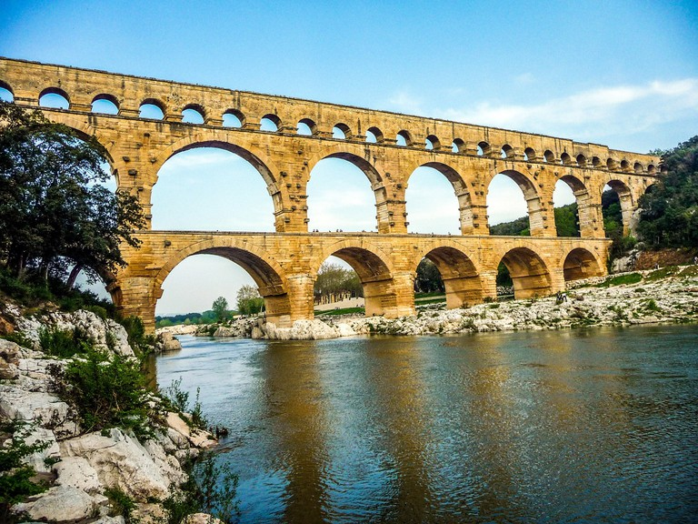 pont-du-gard-2493763_1920