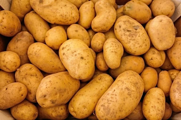 raw potatoes