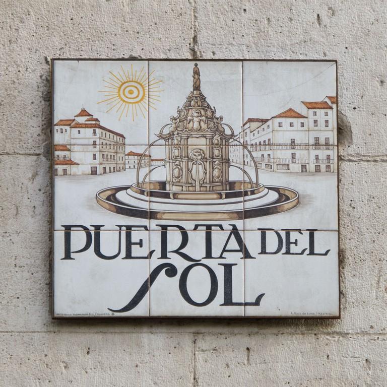 Puerta_del_Sol_-_01