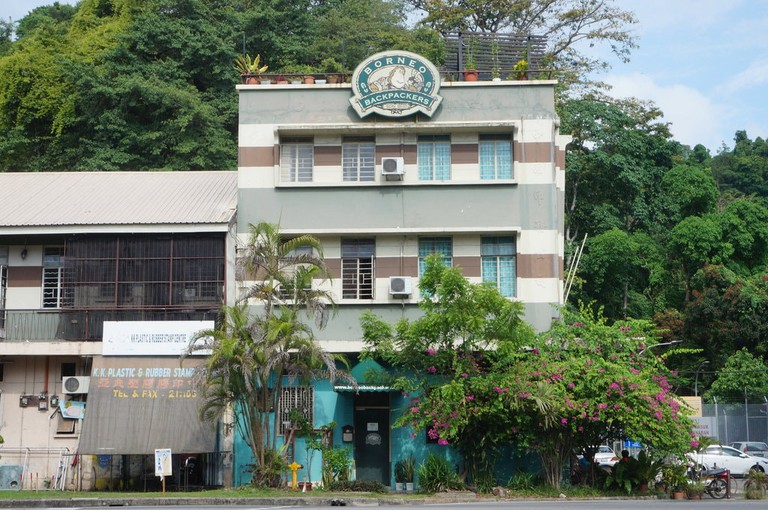 Borneo Backpackers offers cheap rates and located in the heart of the city