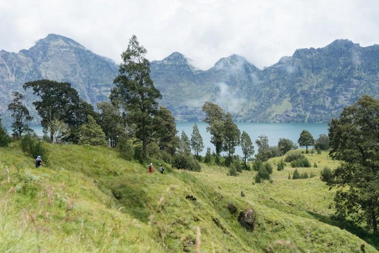 MOUNT RINJANI TRECK-LOMBOK-INDONESIA