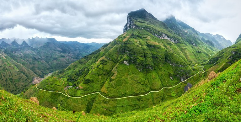 Unique bow Ma Pi Leng Pass, Ha Giang, Vietnam