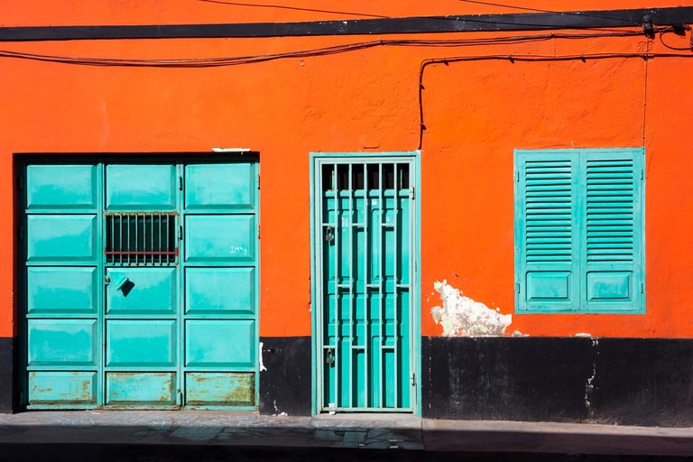 Orange wall, Cape Verde