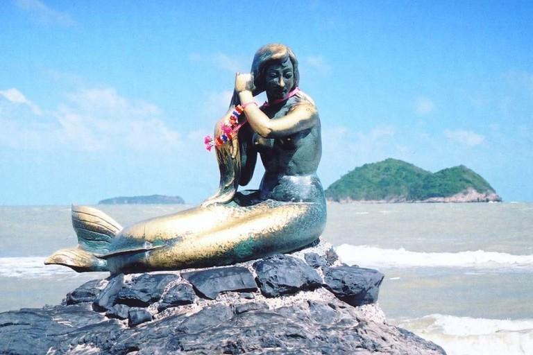 Songkhla statue