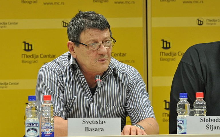 Svetislav Basara speaks at Belgrade's Media Centre