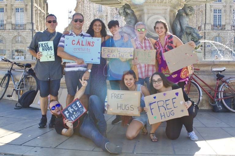 The team of Free Hugs Bordeaux: Jennifer Migan