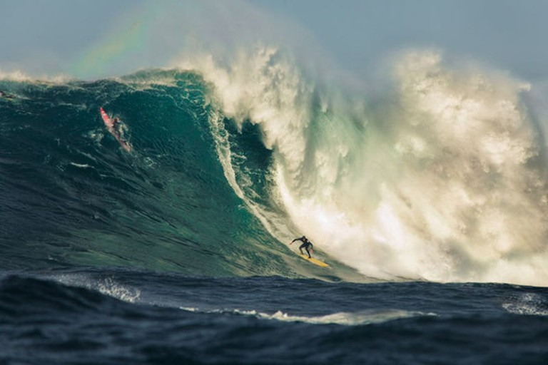 Todos_Santos_Big_Wave_Surfing