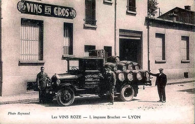 Vin_en_gros_Lyon