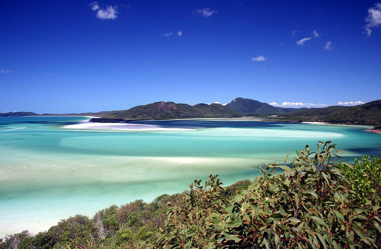Whitsunday Islands © Damien Dempsey / Wikimedia Commons