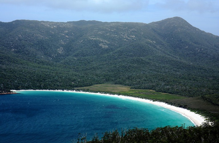 Wineglass Bay © Andrea Schaffer / Flickr