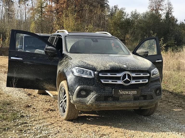 Dirty Mercedes–benz Xklasse Offroad Muddy New Cars