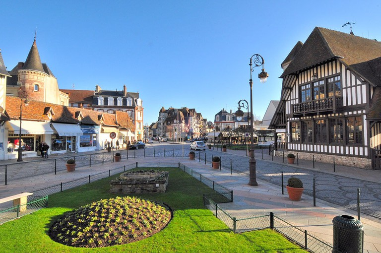 1024px-Deauville_8004