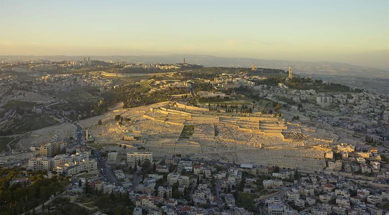 1024px-Israel-2013-Aerial-Mount_of_Olives