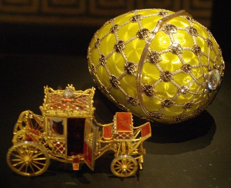 1110px-Fabergé_egg_Rome_05