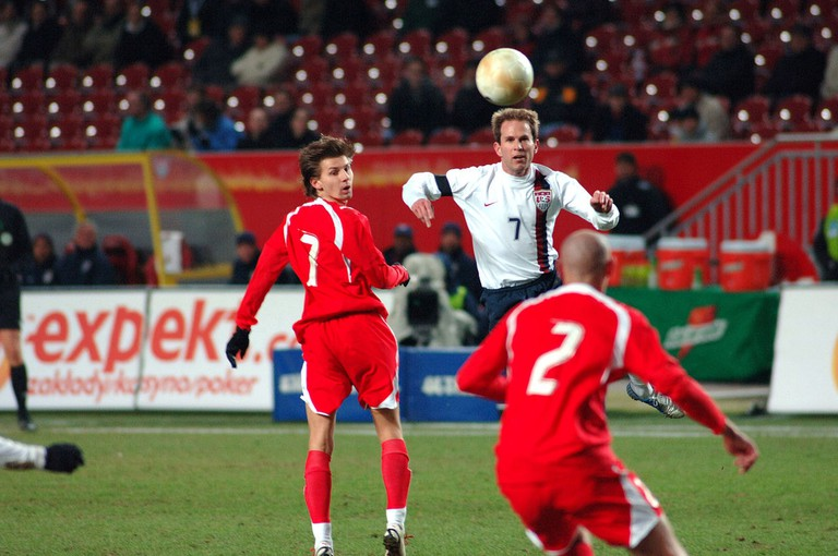 1280px-Poland_&_US_friendly_soccer_match_in_Kaiserslautern_2006-03-01