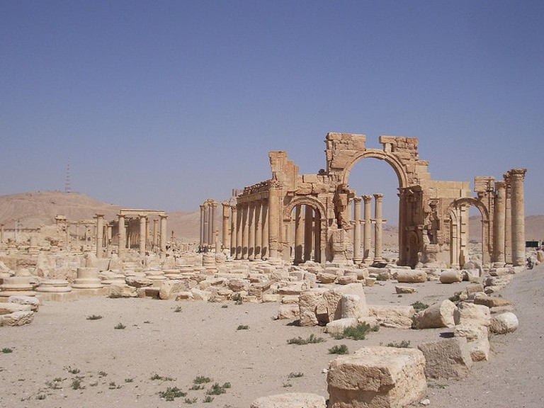 The original Triumphal Arch in Syria before it was destroyed