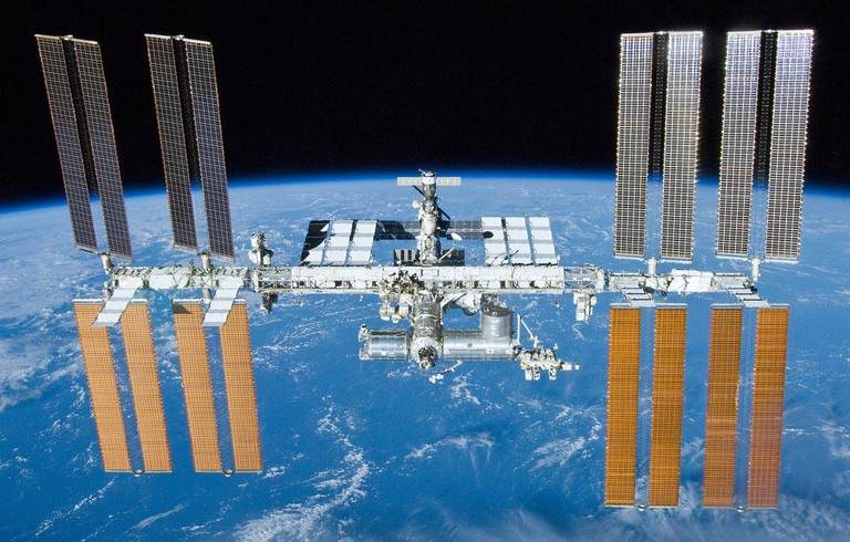 2048px-International_Space_Station_after_undocking_of_STS-132