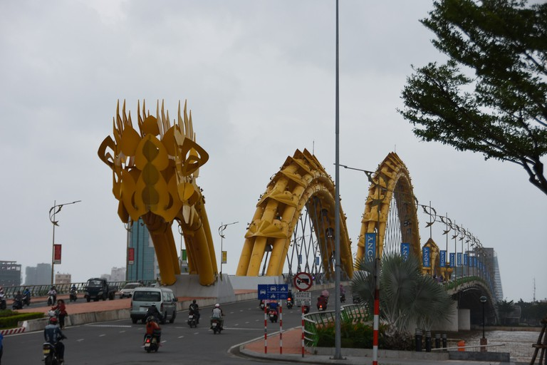 Dragon_Bridge_Danang