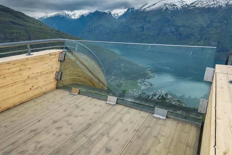 Detaljer av Stegastein. Arkitekt: Todd Saunders : Saunders & Wilhelmsen. ©Foto: Lars Erik Rødstøl : Statens vegvesen
