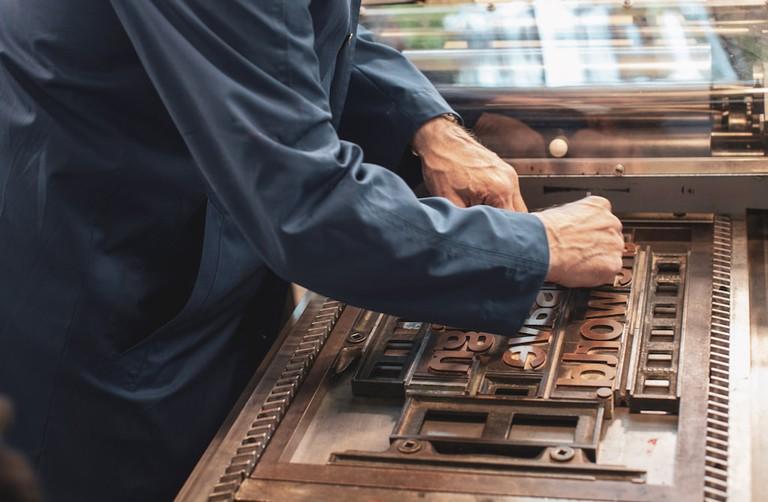 Spiekermann uses a printing press