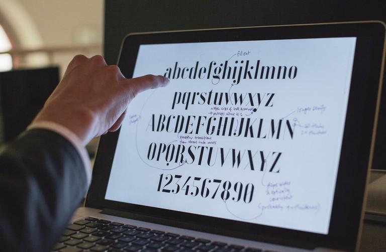 Spiekermann notates the digital version of a Bauhaus font