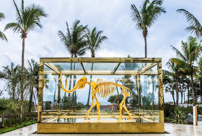 Damien Hirst's 'Gone but not Forgotten' (2014) in the hotel's gardens