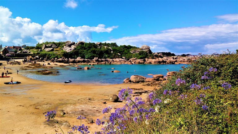 The pretty Pink Granite Coast around Ploumanac'h