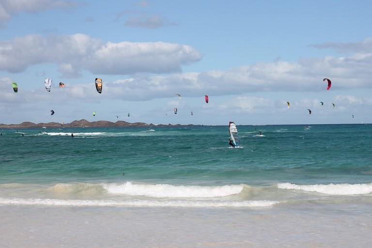 Kiteboarding and windsurfing in Fuerteventura, Canary Islands