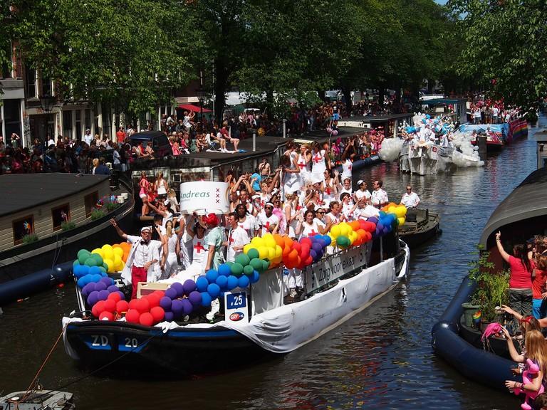 gay-pride-876076_1920