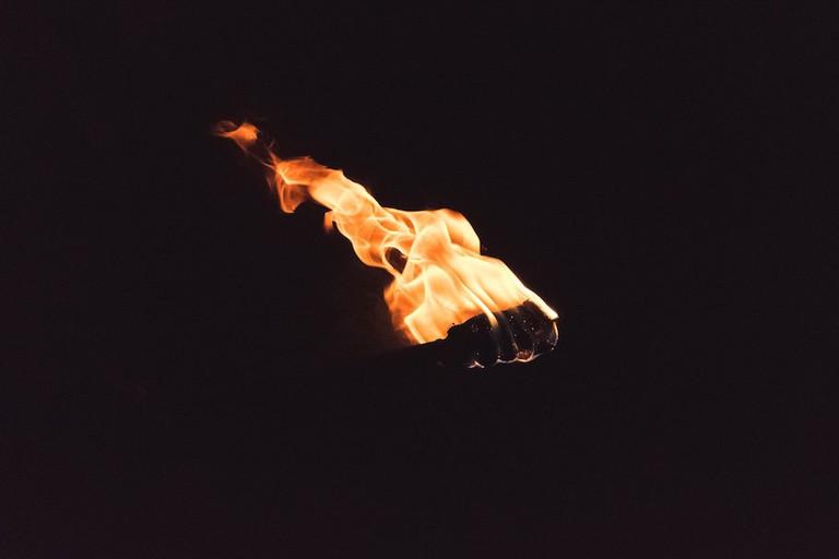 Torch in the night | © Igor Lepilin/Unsplash