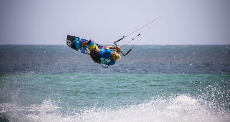 Kite surfing on the Kenyan coast, Watamu