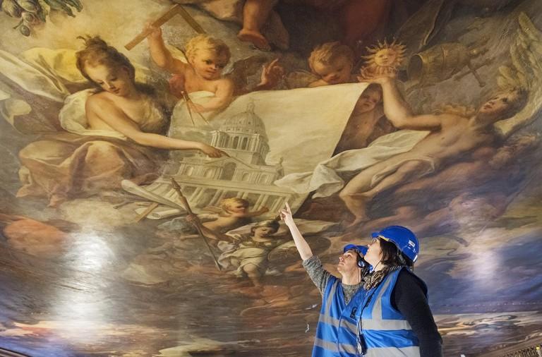 Painted Ceiling-Linda-Nylind-24