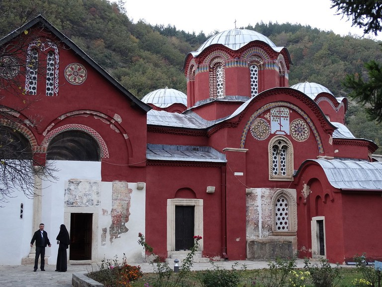 Patriarchate_of_Pec_(Peje)_-_Seat_of_Serbian_Orthodox_Church_-_Outside_Peje_(Pec)_-_Kosovo_-_02