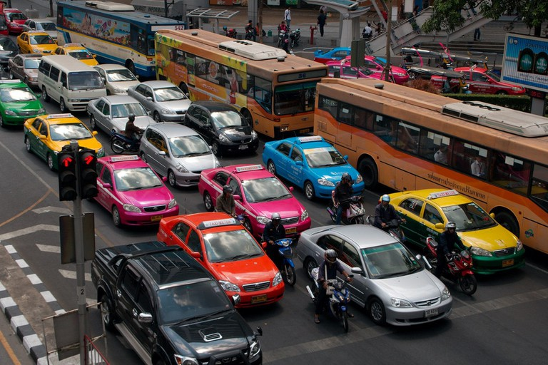 Taxis and buses in Bangkok