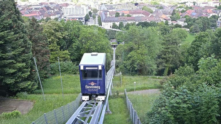 Schlossbergbahn_Freiburg_-_panoramio