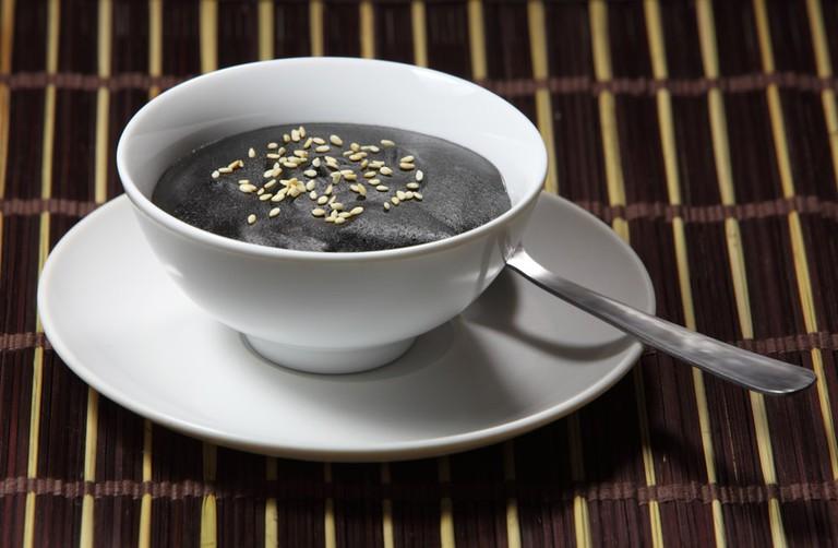 Black sesame tahini soup