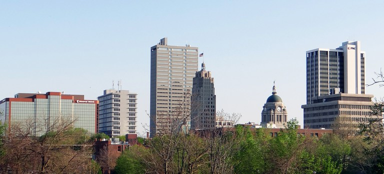 skyline-of-fort-wayne-in-indiana